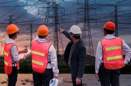 Electrical engineer leading power generation team.